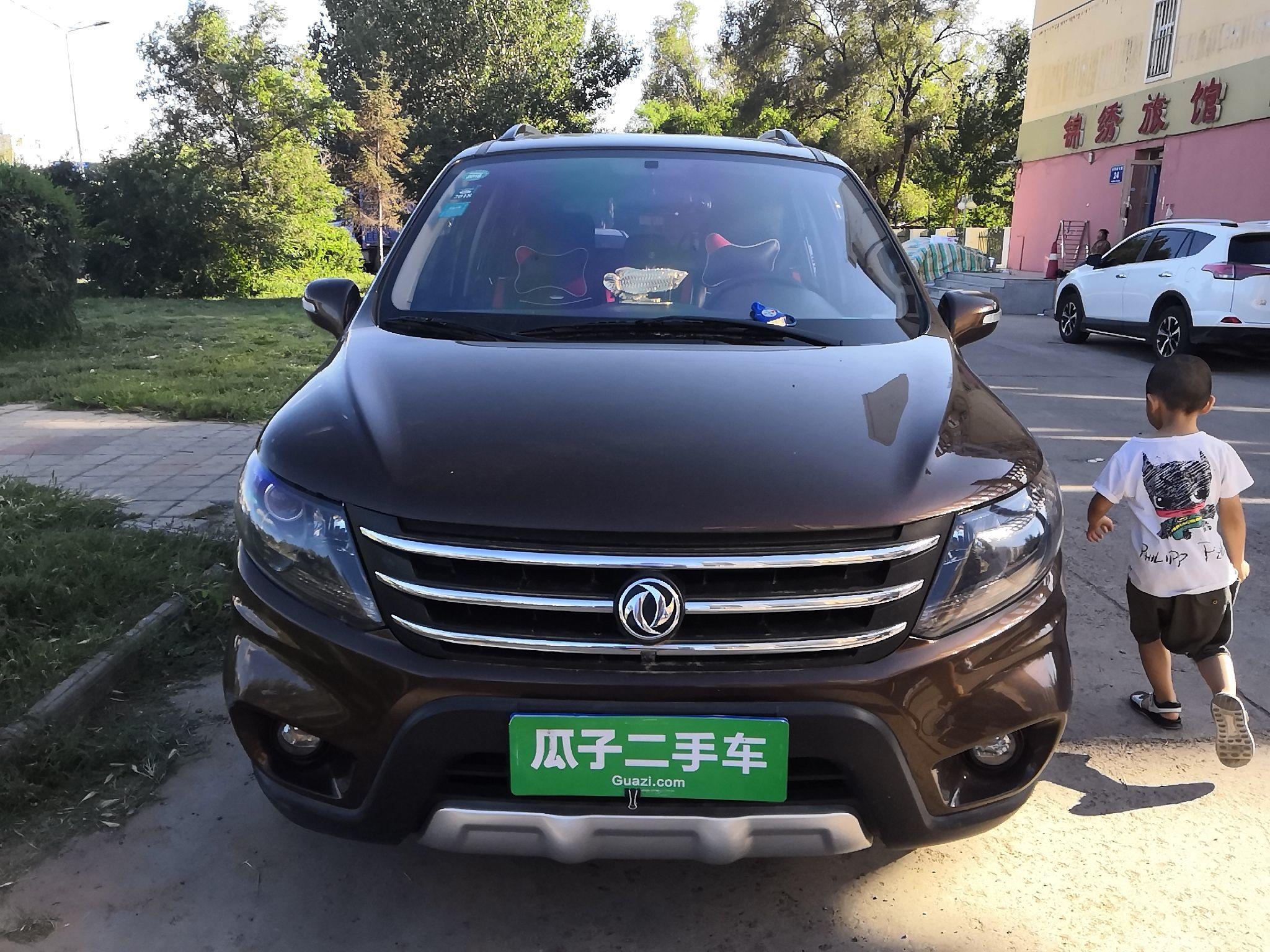 东风景逸x5 2016款 1.6l 手动 前驱 豪华型 (国Ⅴ)