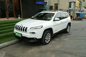 Jeep自由光 2014款 2.4L 精锐版(进口)