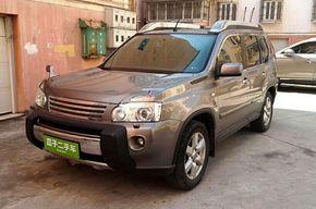 日产奇骏 2010款 2.5L CVT至尊版 4WD