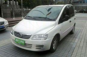 众泰M300 2010款 1.6L 汽油豪华型6座