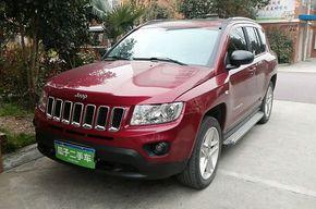 Jeep指南者 2013款 2.4L 四驱豪华版(进口)