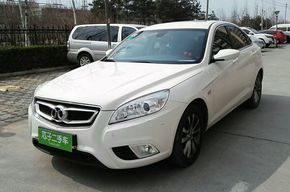 北汽绅宝绅宝D50 2015款 1.5L 手动舒适超值导航版