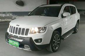Jeep指南者 2014款 2.4L 四驱豪华版(进口)