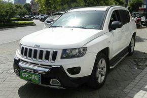 Jeep指南者 2014款 2.0L 两驱运动版(进口)