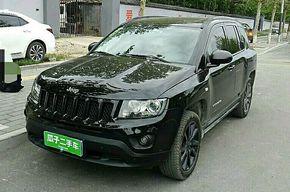 Jeep指南者 2013款 2.0L 两驱炫黑豪华版(进口)