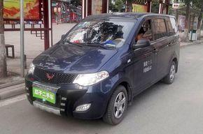 五菱宏光 2014款 1.2L 基本型