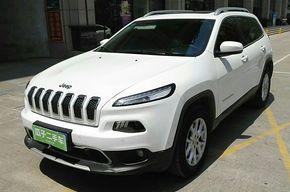 Jeep自由光 2016款 2.4L 专业版