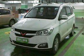五菱宏光 2015款 1.5L S1豪华型