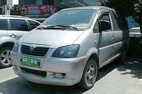 东风风行菱智 2011款 1.9T 短轴标准版