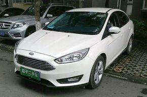 福特福克斯 2015款 三厢 1.6L 自动舒适型