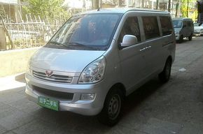 五菱荣光 2014款 1.2L S 基本型