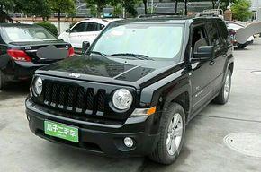 Jeep自由客 2014款 2.4L 运动版(进口)