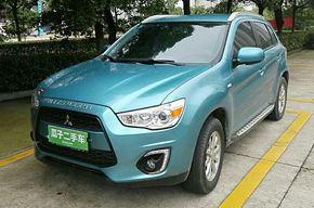 三菱劲炫ASX 2013款 2.0L CVT两驱精英版