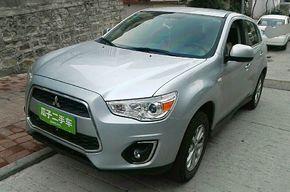 三菱劲炫ASX 2013款 2.0L CVT两驱豪华版
