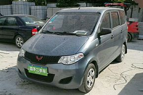 五菱宏光 2013款 1.5L 基本型