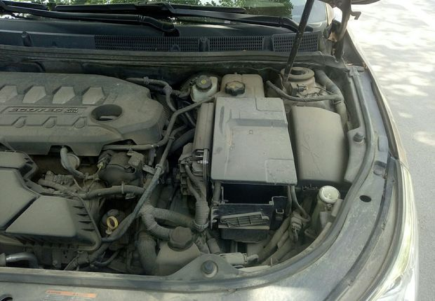 精真估提供二手车君越 2011款 2.4L 自动 SIDI豪华版