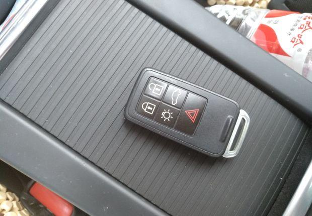 沃尔沃XC60 [进口] 2014款 2.0T 自动 前驱 智逸版