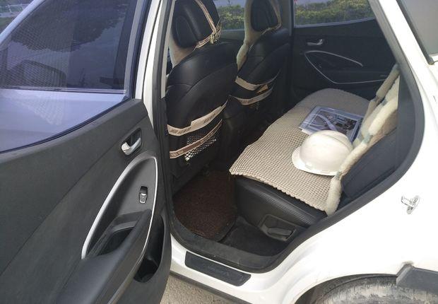 现代胜达 2013款 2.4L 自动 前驱 舒适型 (国Ⅳ)