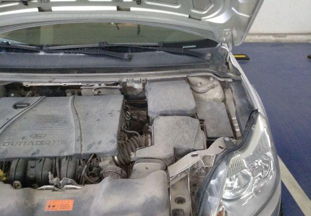 福特福克斯 2011款 1.8L 自动 三厢轿车 时尚型 (国Ⅳ)