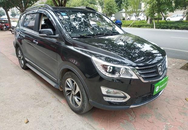 宝骏560 2016款 1.8L 手动 豪华型 (国Ⅴ)