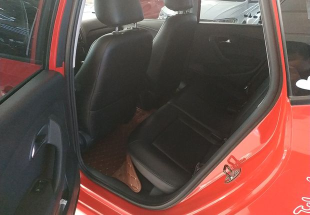 大众POLO 2014款 1.6L 自动 5门5座两厢车 舒适版 (国Ⅴ)