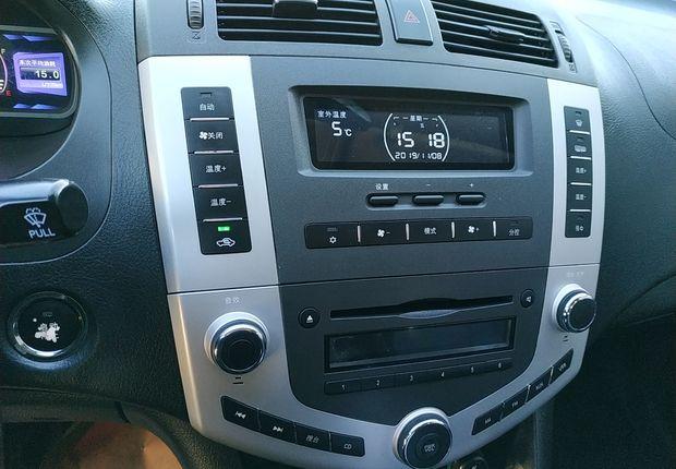 比亚迪S6 白金版 2013款 2.0L 手动 前驱 豪华型 (国Ⅳ)