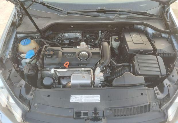 大众高尔夫 2011款 1.4T 自动 汽油 豪华型 (国Ⅳ)