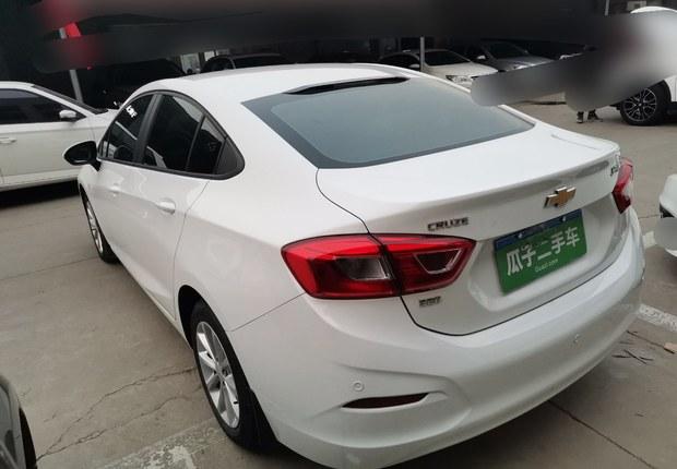 雪佛兰科鲁兹 2018款 1.5L 手动 320改款炫锋版 (国Ⅴ)