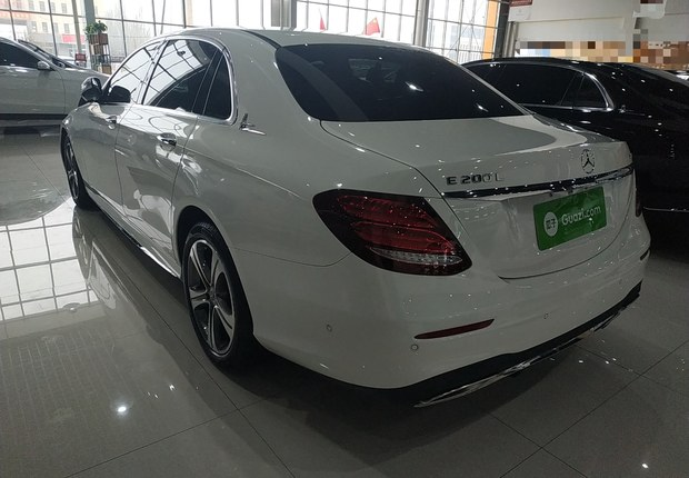 奔驰E级 E200L 2018款 2.0T 自动 汽油 运动型改款 (国Ⅴ)