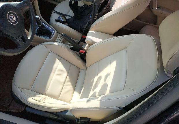 大众朗逸 2013款 1.6L 自动 改款舒适版 (国Ⅳ)