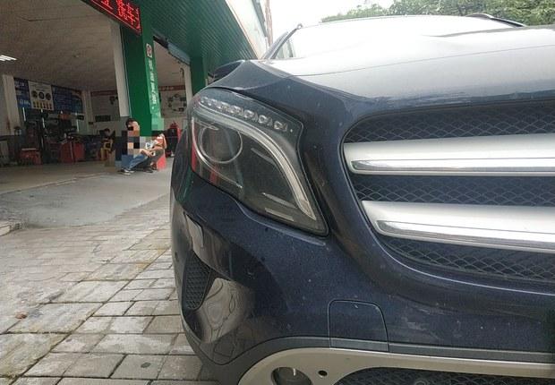 奔驰GLA GLA200 2015款 1.6T 自动 时尚型 (国Ⅴ)