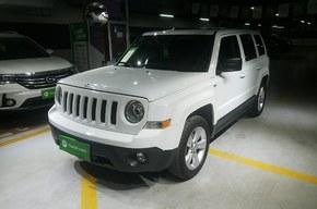 Jeep 自由客 2015款 2.0L 运动版(进口)