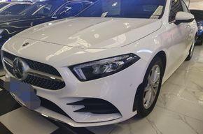 奔驰A级 2020款 改款 A 200 L 运动轿车时尚型