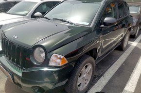 Jeep 指南者 2010款 2.4L 四驱运动版(进口)