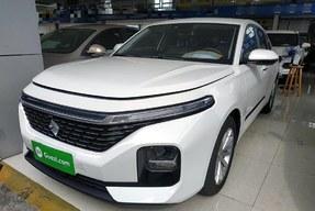 新宝骏RC-5 2020款 1.5T CVT智耀尊享型