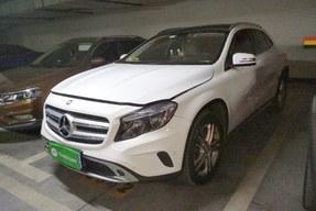 奔驰GLA级 2016款 GLA 200 动感型