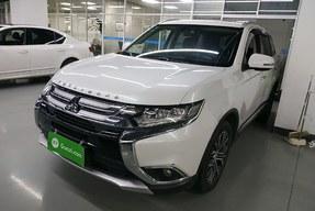 三菱 欧蓝德 2018款 2.4L 四驱精英版 5座