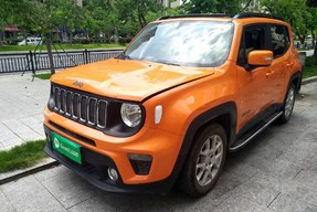 Jeep 自由侠 2019款 220T 自动领先版