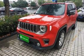 Jeep 自由侠 2021款 220T 自动精英版