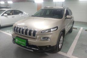 Jeep 自由光 2016款 2.4L 专业版智能包